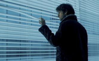 Inspecteur Stevens gespeeld door Yannick De Coster in misdaadserie De Ridder