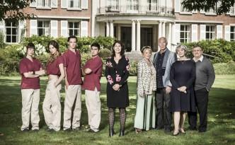 Cast van Voor wat hoort wat dramaserie op Eén