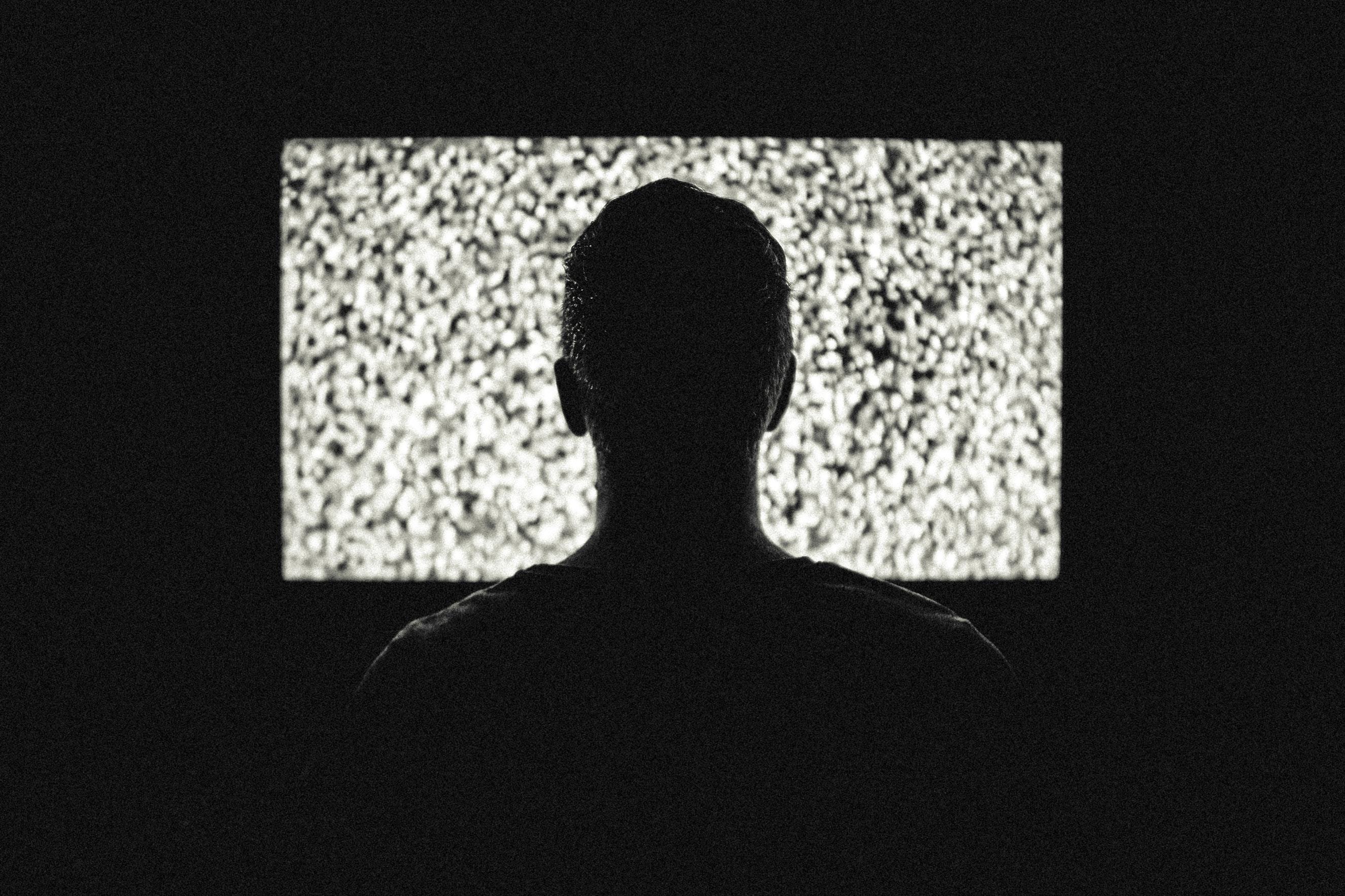 TV met storing; ruis